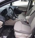 ford focus 2013 black sedan se 4 cylinders automatic 77575