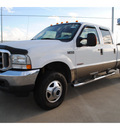 ford f 350 2004 white super duty diesel 8 cylinders 4 wheel drive automatic with overdrive 77539