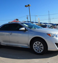 toyota camry hybrid 2012 silver sedan le hybrid 4 cylinders front wheel drive automatic 76011