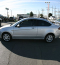 ford focus 2009 silver coupe se gasoline 4 cylinders front wheel drive 5 speed manual 79925