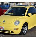 volkswagen new beetle 2004 yellow coupe gls 1 8t gasoline 4 cylinders front wheel drive automatic 76903