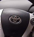 toyota prius 2010 white 5 4 cylinders automatic 91731