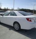 toyota camry 2012 white sedan le gasoline 4 cylinders front wheel drive automatic 75569