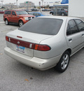 nissan sentra 1996 gold sedan gxe gasoline 4 cylinders front wheel drive automatic 75062