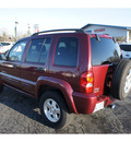 jeep liberty 2003 red suv limited gasoline 6 cylinders 4 wheel drive automatic 98632