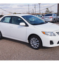 toyota corolla 2013 white sedan le gasoline 4 cylinders front wheel drive automatic 77074