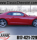 chevrolet camaro 2013 red coupe lt gasoline 6 cylinders rear wheel drive automatic 76051