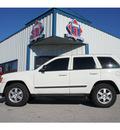 jeep grand cherokee 2008 white suv laredo gasoline 6 cylinders 2 wheel drive automatic 76541