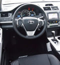 toyota camry 2013 white sedan se gasoline 4 cylinders front wheel drive automatic 76116