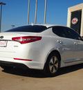 kia optima hybrid 2012 white sedan hybrid 4 cylinders front wheel drive automatic 75150
