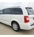 chrysler town and country 2013 white van touring flex fuel 6 cylinders front wheel drive automatic 77375