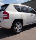 jeep compass 2007 white suv limited 4 cylinders automatic 77521