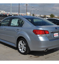 subaru legacy 2013 silver sedan 2 5i limited gasoline 4 cylinders all whee drive cont  variable trans  78233