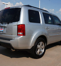 honda pilot 2011 silver suv ex l w navi gasoline 6 cylinders front wheel drive automatic 76210