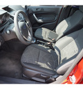 ford fiesta 2011 red hatchback se gasoline 4 cylinders front wheel drive automatic 78572