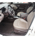 hyundai tucson 2012 white limited 4 cylinders automatic 78520