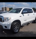 toyota tundra 2009 white crewmax 4x4 limited flex fuel 8 cylinders 4 wheel drive automatic 76053