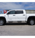 toyota tundra 2011 white sr5 8 cylinders automatic 79110