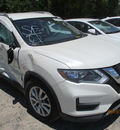 nissan rogue s sv